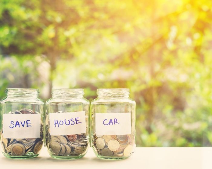 Save 3000 in 6 months with these savings jar
