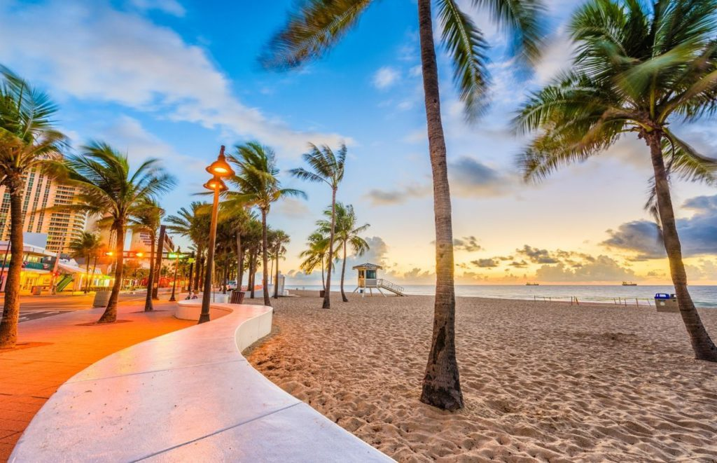 Fort Lauderdale Beach Florida the Advantages and Disadvantages of Living in Florida.